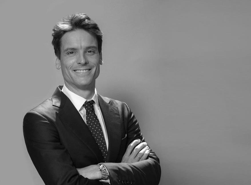Dr Javier Gutierrez Santamaria